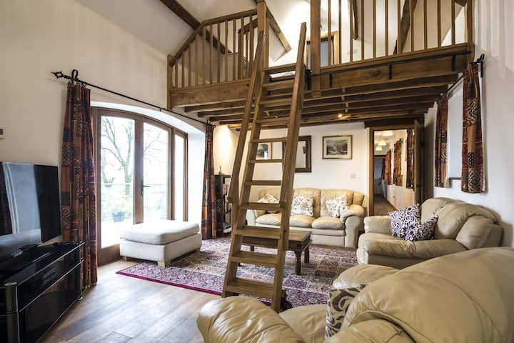 Orchard Cottage - Luxurious Barn Conversion - Beavers Hill