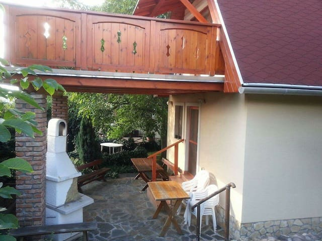 Charming cottage in the Danube Bend - Esztergom - Hus