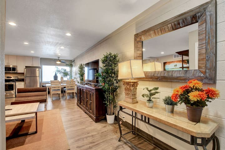 Gorgeous 2beds/2baths condo - mins to the strip!