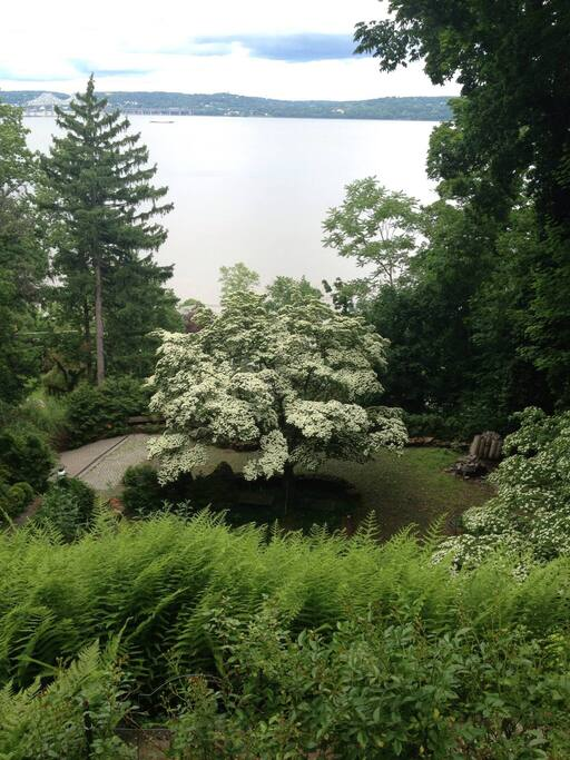 View fromVeranda of Hudson River with spell binding bridge views
