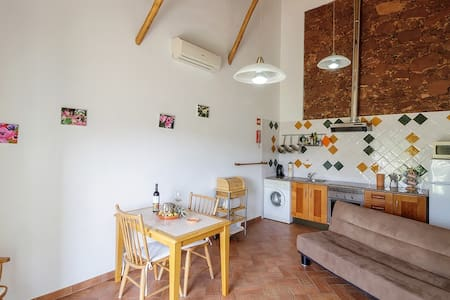 Unique accommodation in great rural location. - Silves