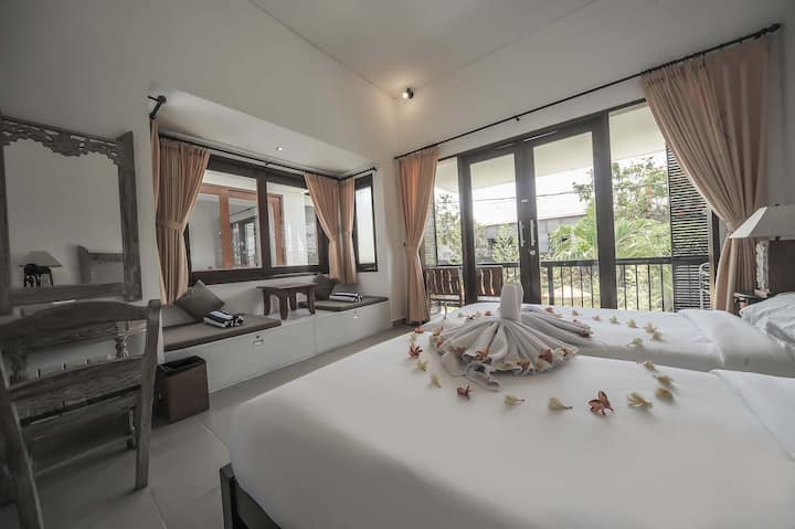 Sanur Private room 208 with balcony with kitchen