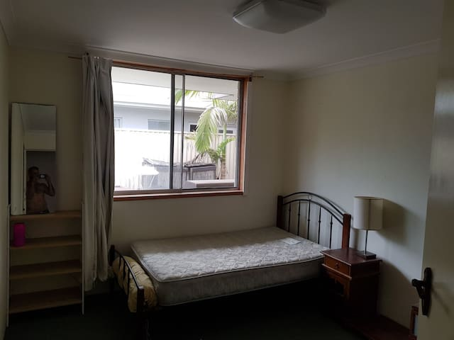 Broadbeach city bnb