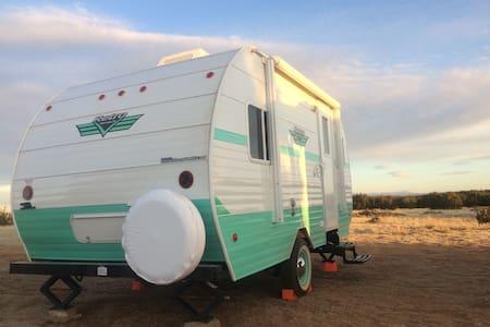 Dragonfly Ranch - Santa Rosa - Kamp Karavanı/Karavan