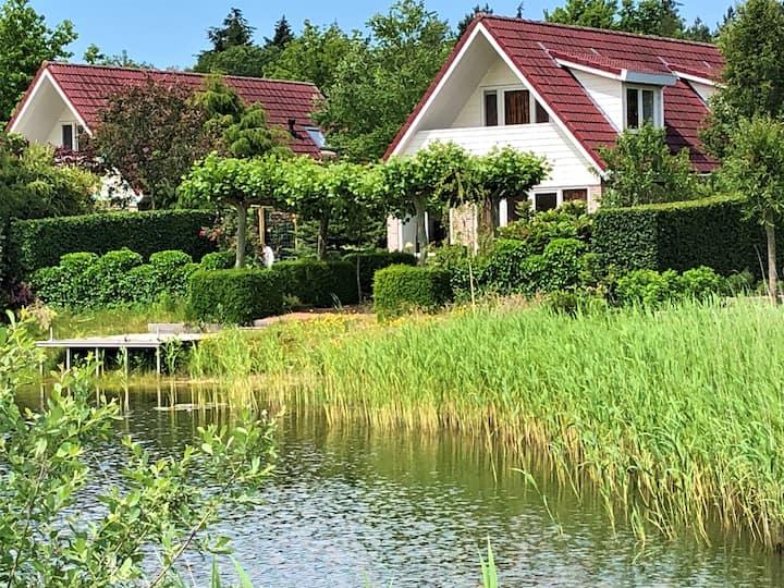 Aan het water genieten,  prachtig plekje Havelte 2