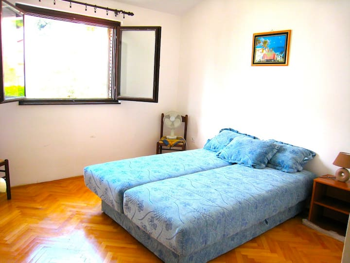 Family Appart, 2 rooms, 70m2, sea view, 5-6 p.