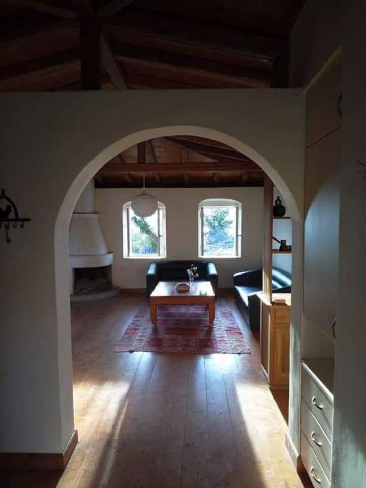 Μικρό σπίτι στην εξοχή
