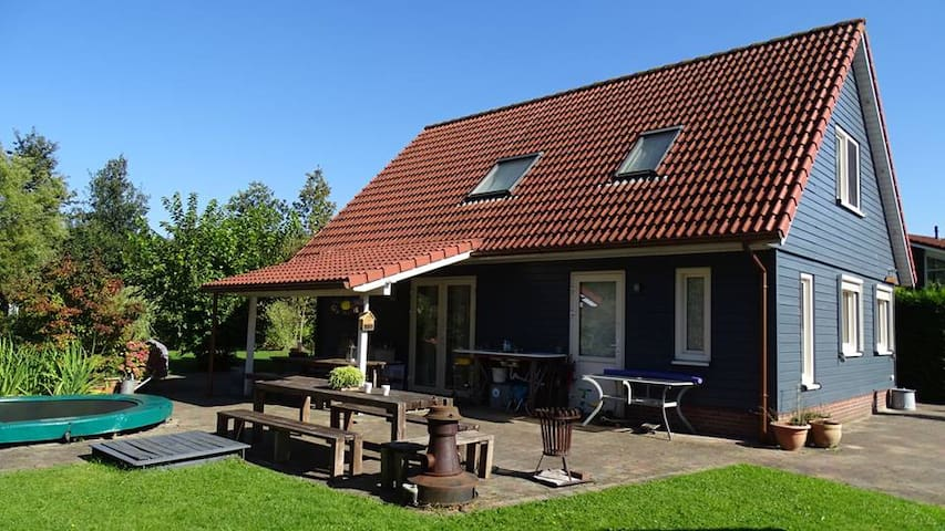 Holidayhouse for up to 16 people - Zeewolde - Villa