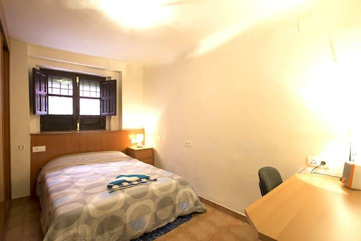 (Super Cozy Room Center Grande Safe)Cerca Alhambra