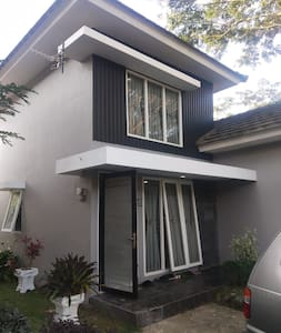 Villa Green Hill, Hillpark, Sibolangit