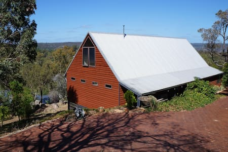 Beautiful home with stunning views - Darlington - Talo