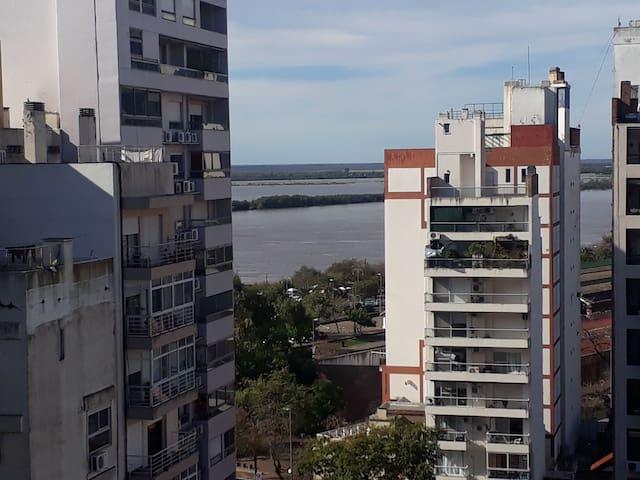 Agradable departamento a orillas del Río Paraná!!