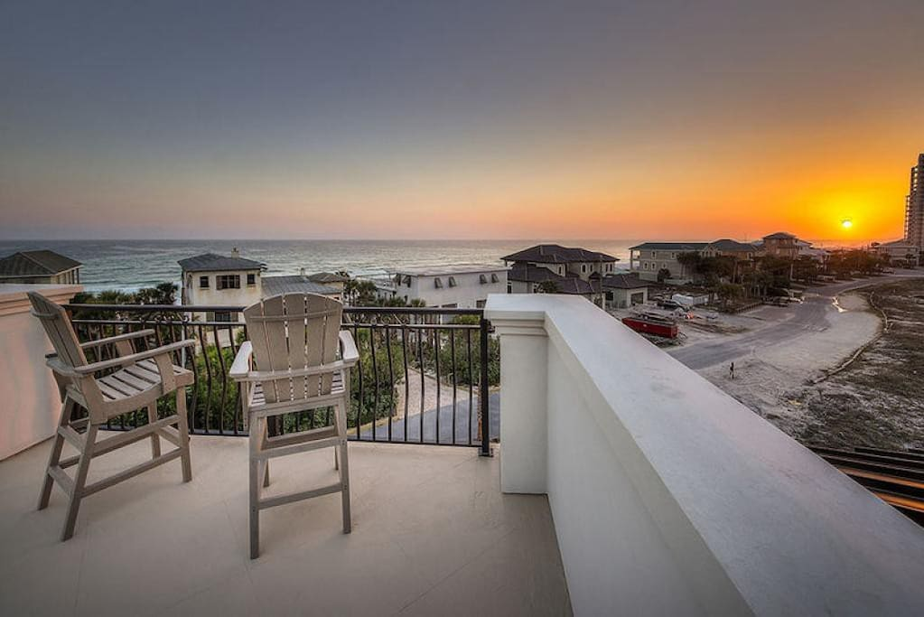 Bourbon Beach - Vacation Rental in Miramar Beach
