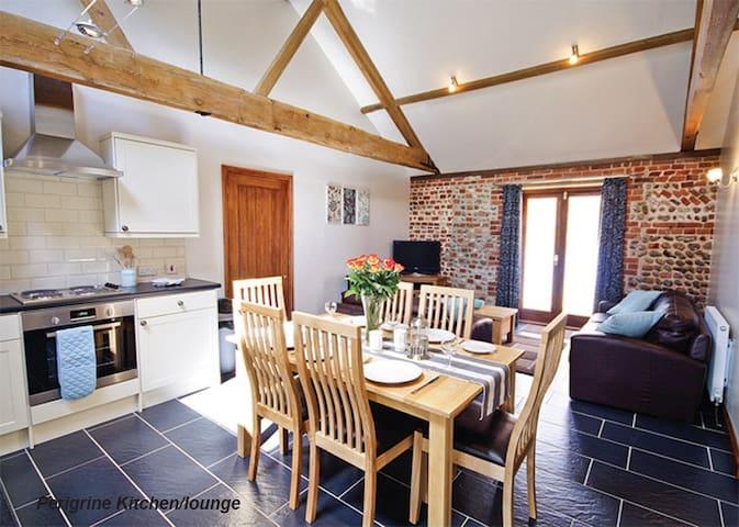 Peregrine Barn - Ridlington - Casa