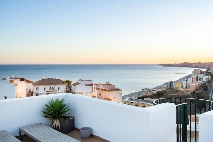 ★Family penthouse getaway★ Carvajal beach