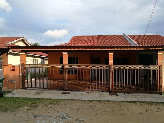 Villa Mutiara permai