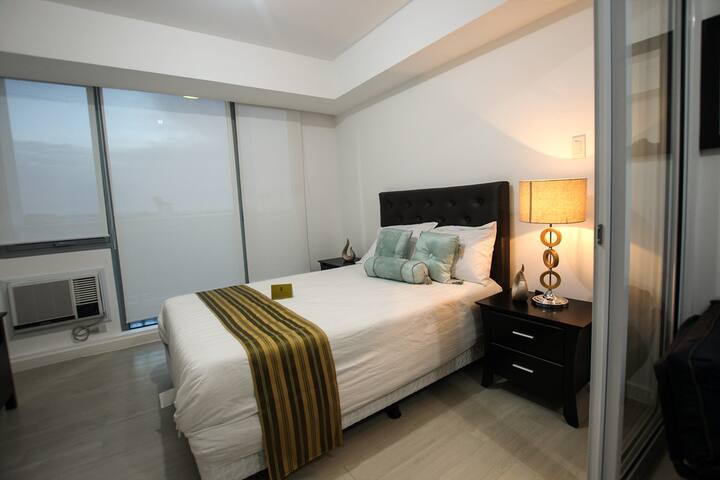 SIGLO SUITES @ Azure Positano 526 - Parañaque - Appartement