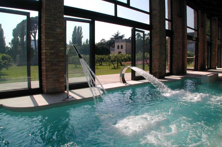Torretta Castle with heated pool and organic wines - Monselice - Kastély