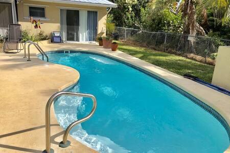 Tropical Pool Getaway