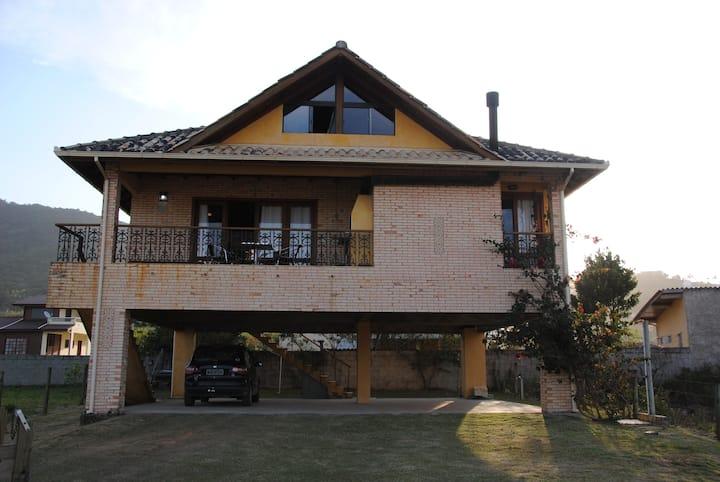 Casa na Praia da Gamboa Garopaba SC