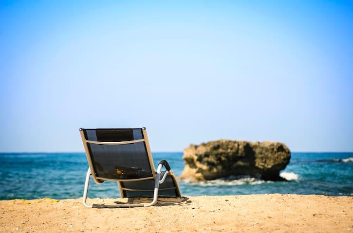 Caribbean Beachfront Villa - Breakfast Included!!