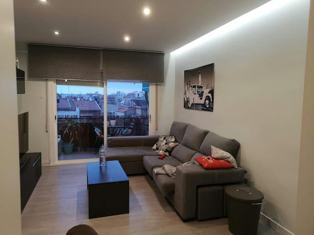 Freya house. Cerca: aeropuerto, Barcelona y playa