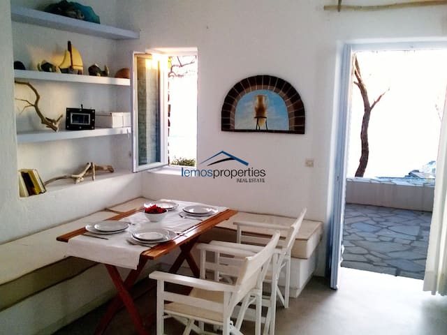 Two waterfront apartments with access to the sea - Kéa - Apartamento