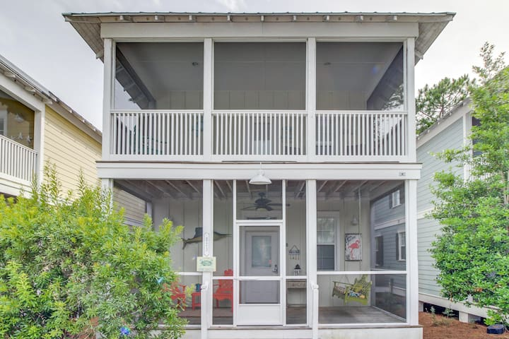 Remodeled beach getaway with shared pool & hot tub, central location