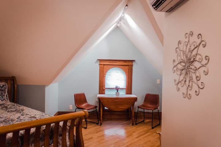 Gables Suite - Sunniva Inn