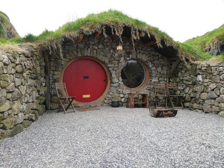 Mayo Glamping - Nead na Spideoige (hobbit Hut)