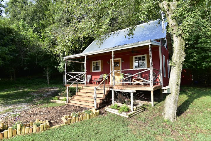 Family Friendly Tiny Home - Fayetteville - Casa
