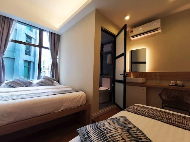 OIKOS @ IMAGO - Family En-suite Queen Room [3pax]