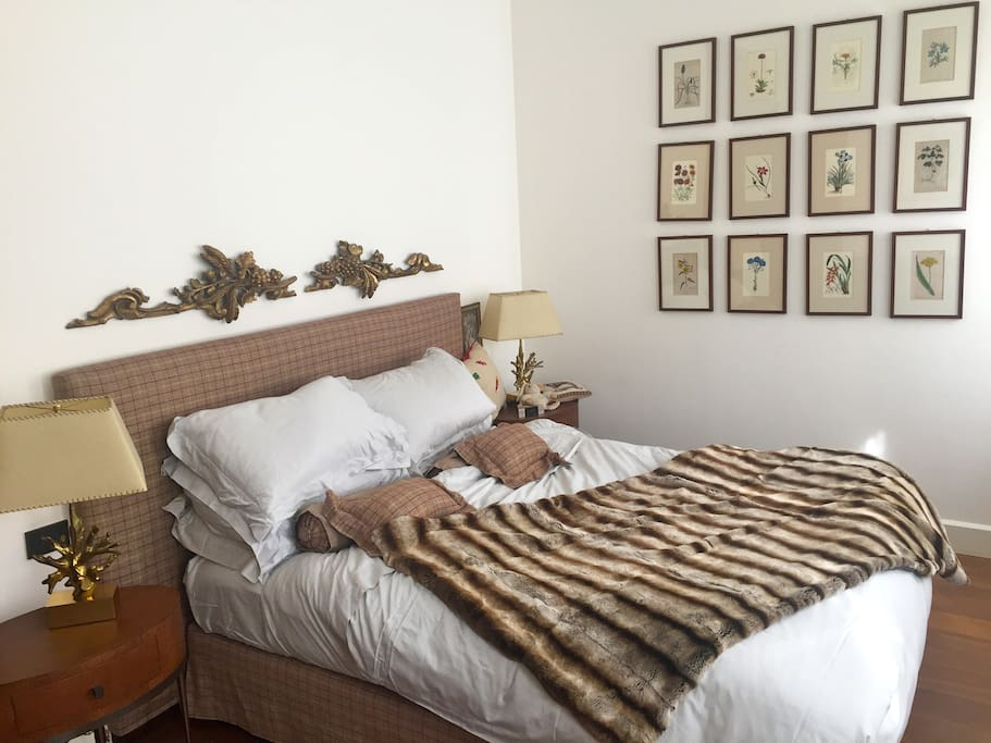Master Bedroom with queen size ultrasoft bed
