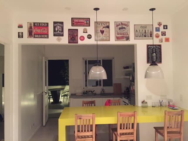 Habitación privada en San Isidro