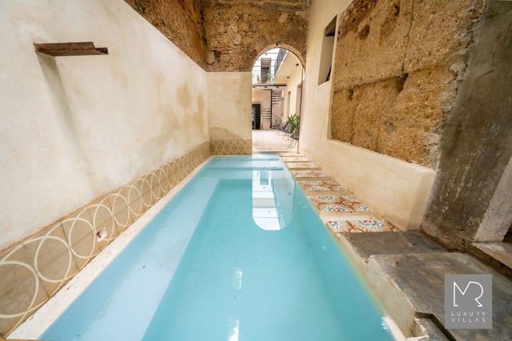 MR | Casa Quisqueya | Zona Colonial | Ref: 451