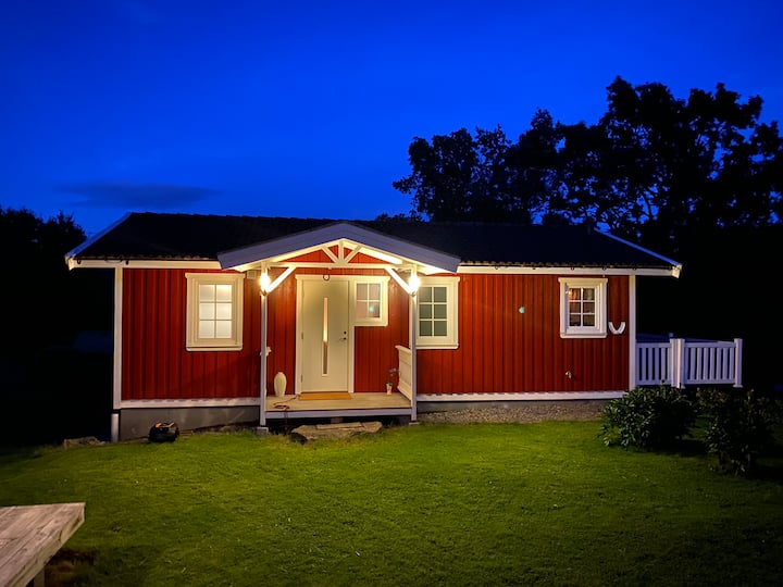 Bohuslän cottage on the countryside! Near to ocean