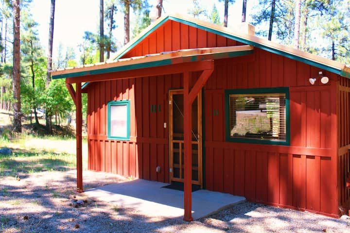 Creekside Cabin in Ruidoso Upper Canyon