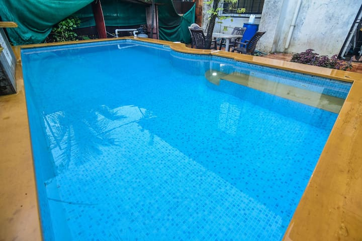 //2bhk//AC//POOL//WIFI//BBQ//GAMES//PINK B VILLA//