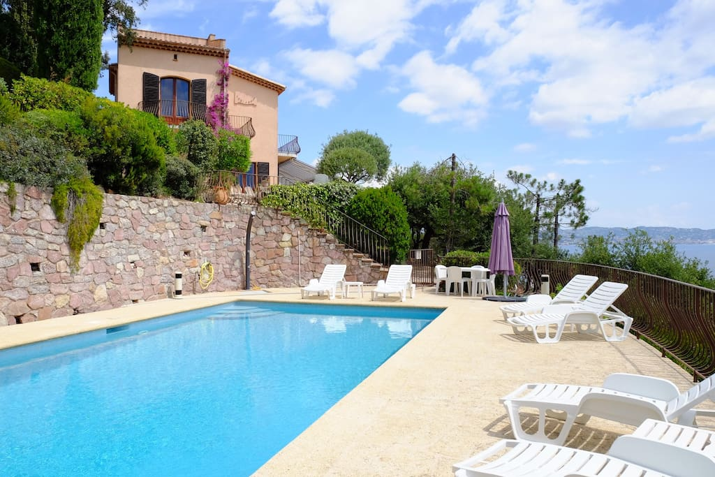 Villa with private swimming pool, garden and sea view
