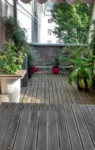 Beau loft tranquille avec terrasse, hyper centre. - Tours