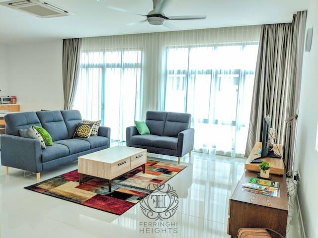 3-Storey Serene Family Home ✨Batu Ferringhi