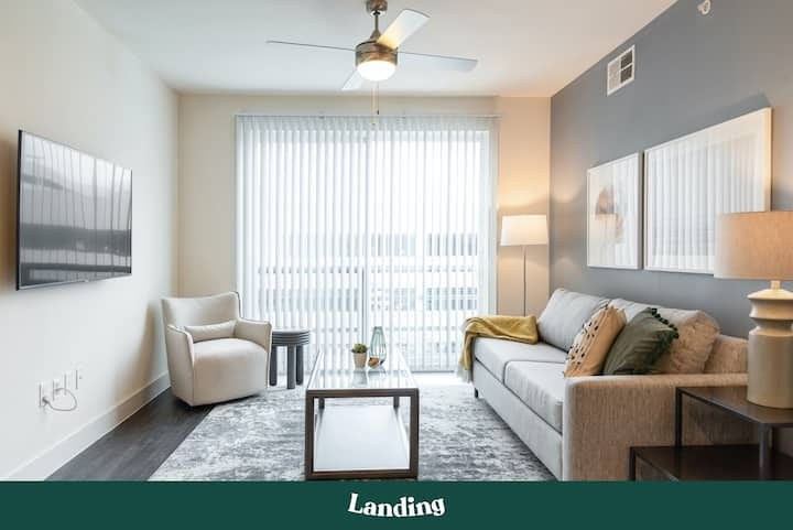 Landing | Modern Apartment with Amazing Amenities (ID2103)