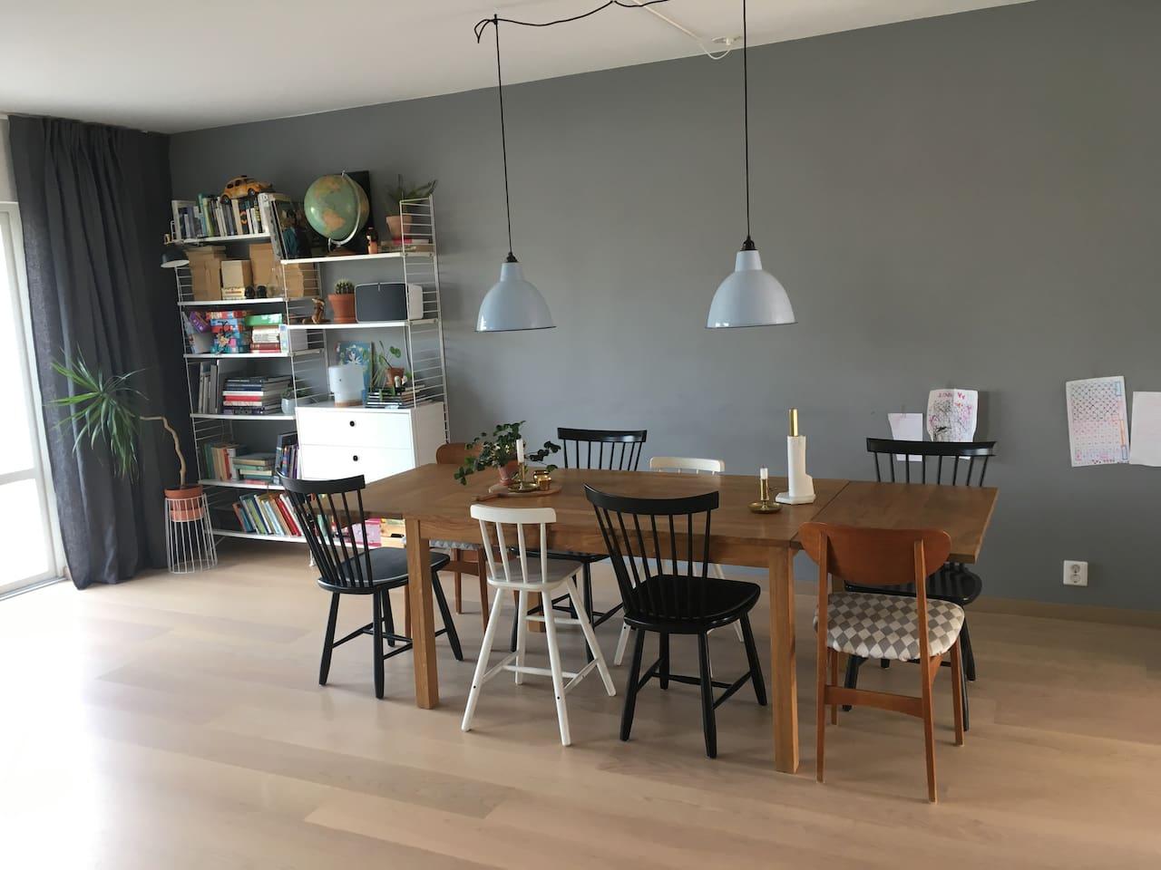 Hus i Limhamn nära hav, hamn, strand och Malmö C
