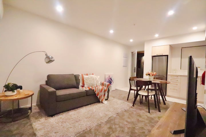 Best location in CBD, new  townhouse top rating