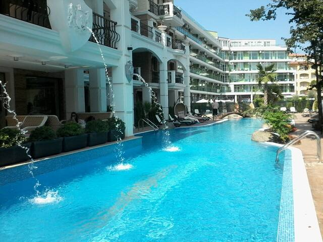"""Апартаменты с 1 сп.в """"Harmony Suites Dream Island"""" - Sunny Beach - Apartotel"""