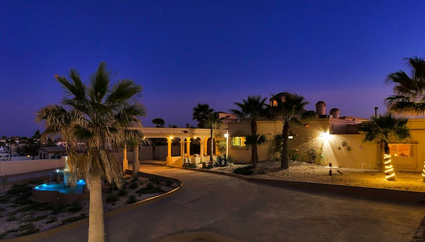 Oceanfront Paradise In Rocky Point - Casa 1