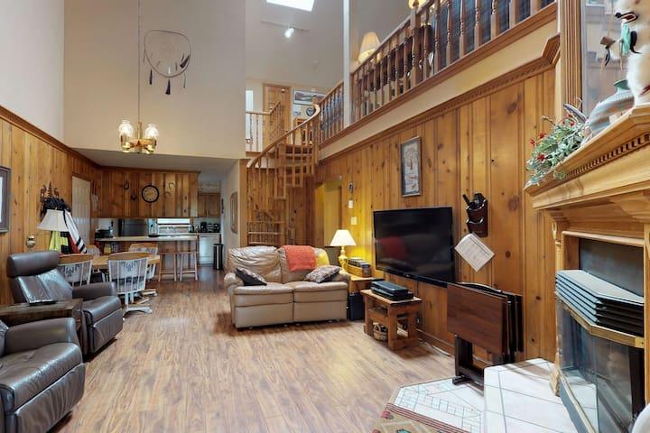 NEW LISTING! Spacious family-friendly condo with enchanting Wheeler Peak views