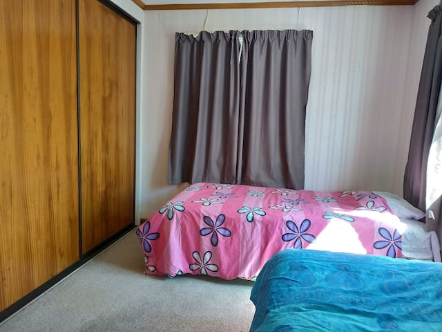 A☆EnSuite Private 2X King Single Bed Near↔Airport