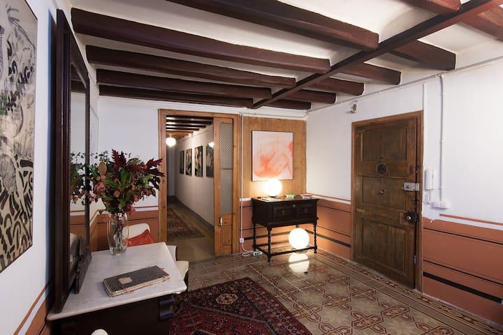 Ca L'Escori. XIX Century House.