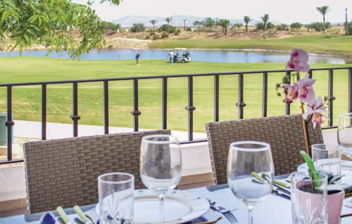2 Bedroom Apartment  with golf views on La Torre
